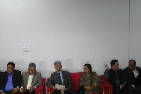 পাকিস্তানের সঙ্গে সম্পর্ক ছিন্নের ঘোষণা ঢাবির