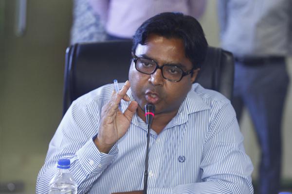 'রাজউক চাইলেও অবৈধ ভবন ভাঙা অসম্ভব'